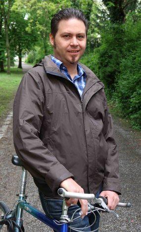 Dr. Dennis Schütze